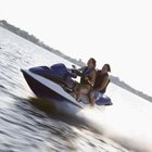 What Types of Oil Do I Use for My WaveRunner?