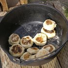 How to Cook Canned Biscuits on Camping Stove