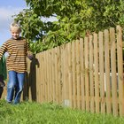 How to Fence a Yard Cheaply