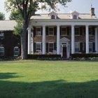 Colonial revival style was based on the wealthiest colonial homes.
