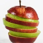 Apples contain both soluble and insoluble fiber.
