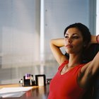 Stretching Exercises for a Runner to Do at Her Desk