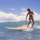 Tips on Popping Up Faster on a Surfboard