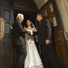 What to Pay a Priest for a Marriage Ceremony
