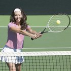 What Kind of Tennis Racket Should a Novice Use?