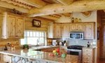 Log Home | How to Choose Kitchen Cabinets for Your Log Home