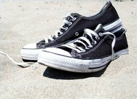 how to waterproof canvas shoes ehow