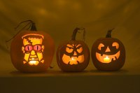 Go beyond the typical jack-o'-lantern with 3D pumkin carving.