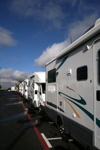 Take your pet on your RV trip to Mesa Arizona.