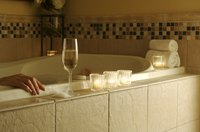 Relax in your en-suite hot tub at one of Lexington's select hotels.