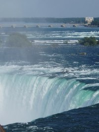 Taking a bus from New Jersey to Niagara Falls is cheap and easy to do.