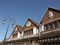 The Trouville-Deauville train station is convenient to beaches, a casino, golf courses and racetracks.