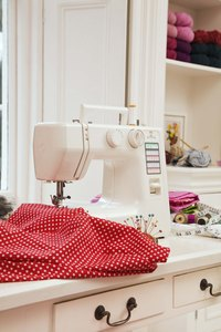 You can quilt beautiful patterns with an ordinary sewing machine.