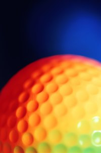 There are a minimum of 300 dimples on a golf ball, which should be replicated on a golf ball cake.