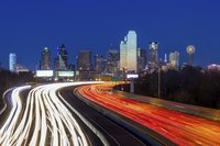 Many major roadways in Dallas have HOV lanes.