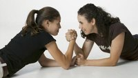 What Muscle Exercise Trains You for Arm Wrestling?