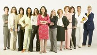 Difference Between Women's Business Casual Dress & Business Attire