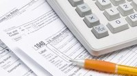 Can You Deduct Business Losses From Your W-2?