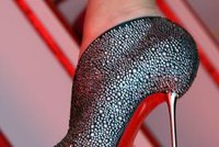 authentic christian louboutin shoes made in italy suppliers ...