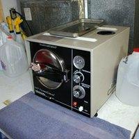 How to sterilize tattoo needles ehow for Tattoo sterilization equipment