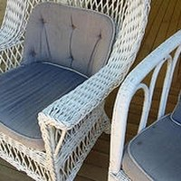 How to restore outdoor wicker furniture ehow for Recover wicker furniture