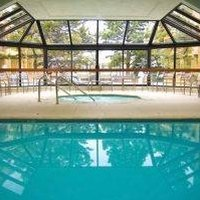 How to finance a swimming pool ehow for Swimming pool financing