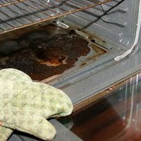 how to clean burned food from an oven ehow