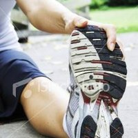 how to get rid of cramp in back of knee