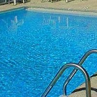 How to clear up a cloudy pool quick and easy ehow - Can i use clorox in my swimming pool ...