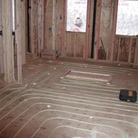 Pros cons of radiant floor heat ehow - Radiant floor heating pros and cons ...