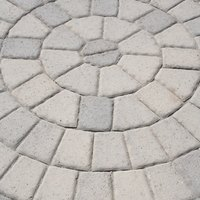 how to change the color of stamped concrete