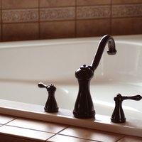 How to Clean a Kohler Acrylic Tub