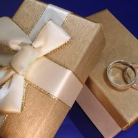 Wedding Gift Etiquette If Not Invited : Etiquette for Wrapping a Wedding Gift eHow