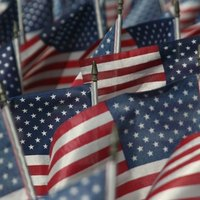 Small flag etiquette ehow for Flag etiquette at home