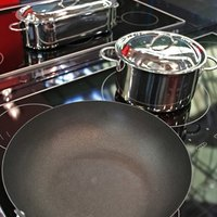 How To Clean The Bottom Of Pots Amp Pans Ehow
