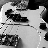 Difference Between Electric Guitar And Bass : the differences between bass electric guitars ehow ~ Russianpoet.info Haus und Dekorationen