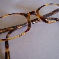 How to Repair a Broken Acrylic Eyeglass Frame eHow