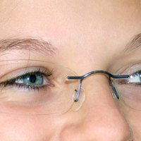 How To Repair A Scratch On Eyeglass Lenses With Anti Reflective Coating Ehow