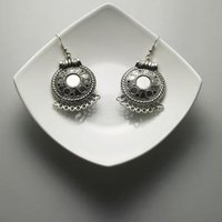Homemade ways to clean tarnished sterling silver jewelry for How do i clean sterling silver jewelry