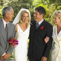 Wedding Gifts For Parents Etiquette : Etiquette for Parents Bridal Shower Gifts eHow