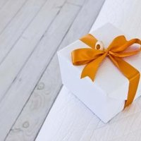 Gifts for Wedding Ceremony Readers eHow