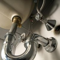 Sewer gas smells from the kitchen sink ehow - Sewer gas smell in kitchen sink ...