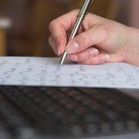 Handywrite: An alternative handwriting system. - Alysion.org