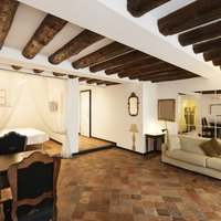 What Wall Color Goes With Terra Cotta Tiles With