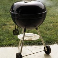 how to use a weber grill as a cold smoker ehow. Black Bedroom Furniture Sets. Home Design Ideas