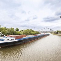 how to get a as a river barge deckhand ehow