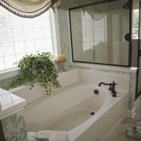 how to clean a fiberglass tub that is stained