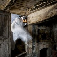 How To Make Your Own Haunted House With Pictures Ehow