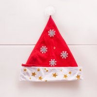 5 Festive Ways to Decorate a Santa Hat (with Pictures) | eHow