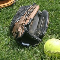 How to Determine the Softball Glove Size for a Child | eHow